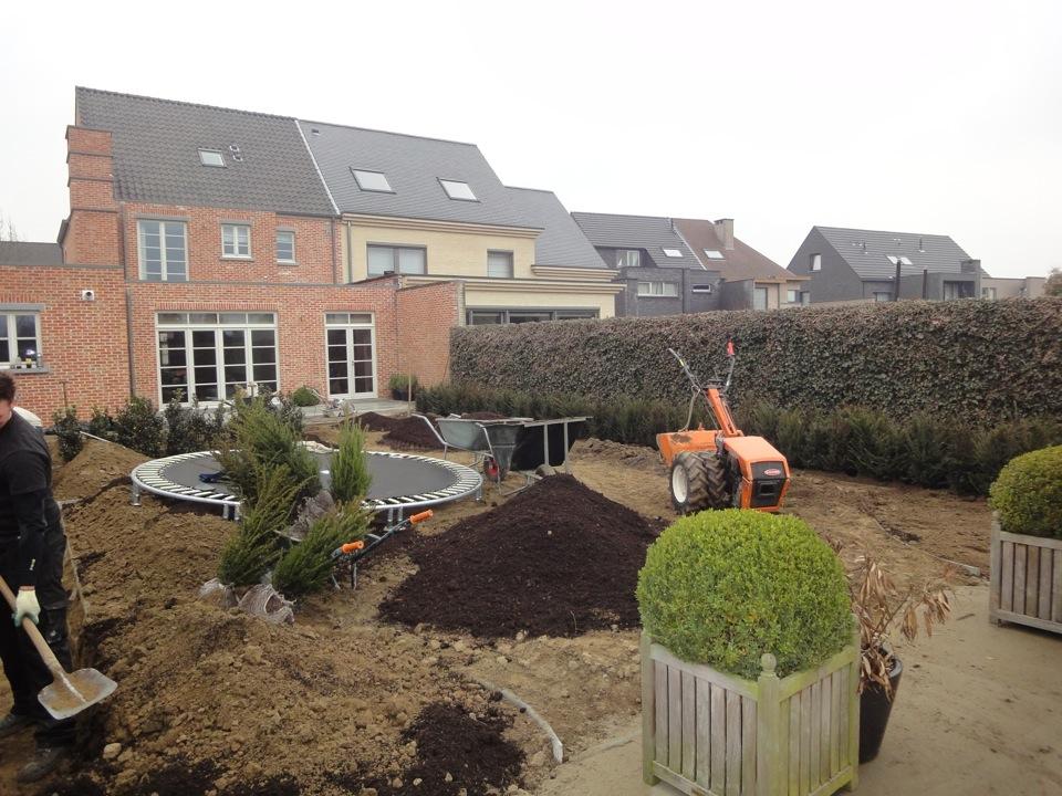 Onderhoudsvriendelijke Tuin Aanleggen : Foto s van de aanleg van een landelijke tuin